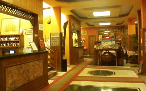 general lobby area that includes the coffee bar and breakfast area